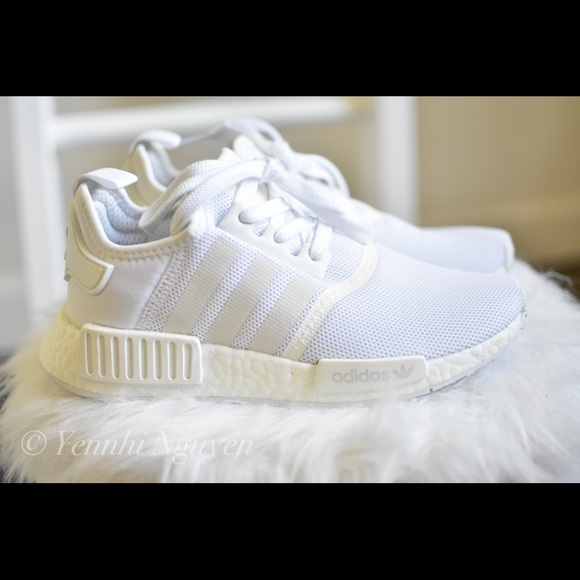 07e6a62cb authentic Adidas white NMD shoes 6 womens 5 men